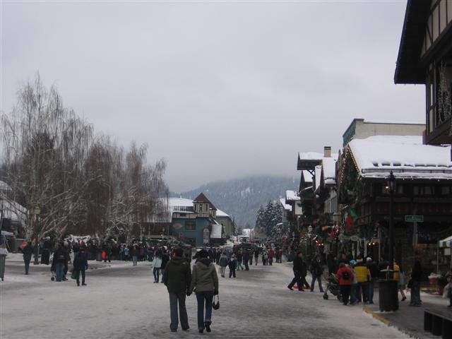 Leavenworth Winter Crowds